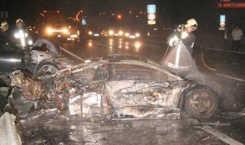 Жуткая авария Porsche 911 Techart и Lamborghini Murcielago - фото 12
