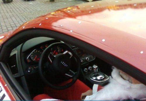 Audi R8 для Санта Клауса - фото 5