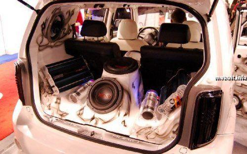 Тюнинг-шоу на Detroit Auto Show 2009 - фото 3