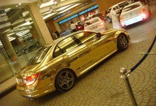 Позолоченный Mercedes C63 - фото 10