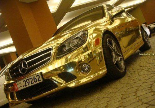 Позолоченный Mercedes C63 - фото 7
