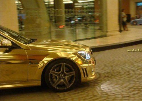 Позолоченный Mercedes C63 - фото 4