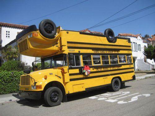 Необычный двухэтажный автобус - фото 7