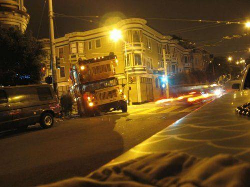 Необычный двухэтажный автобус - фото 1