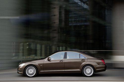 Гараж InfoCar: 2010 Mercedes-Benz S600 - фото 3