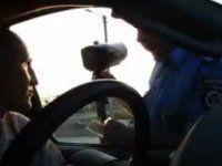 Водитель победил инспектора ГАИ всухую - фото 1