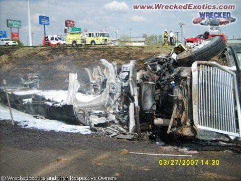 Самые жуткие аварии - фото 7