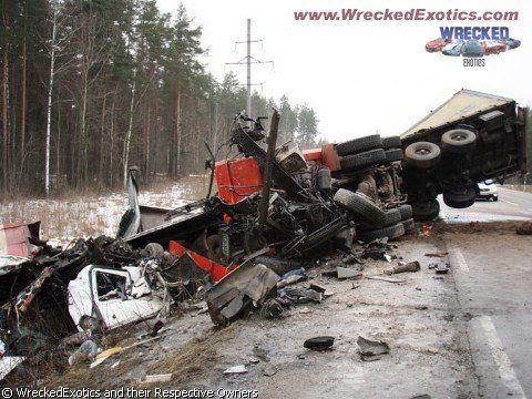 Самые жуткие аварии - фото 2