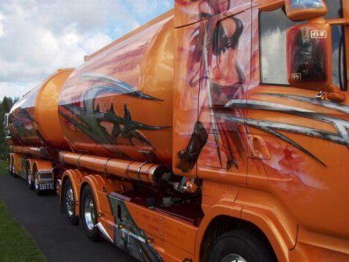 Потрясающее финское шоу грузовиков 2009 - фото 10