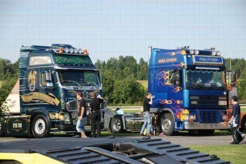 Потрясающее финское шоу грузовиков 2009 - фото 1
