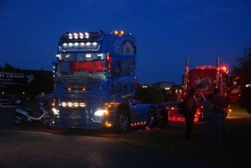 Потрясающее финское шоу грузовиков 2009 - фото 30