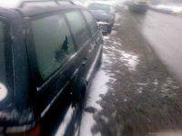 В Минске посыпали дороги и машины - фото 1