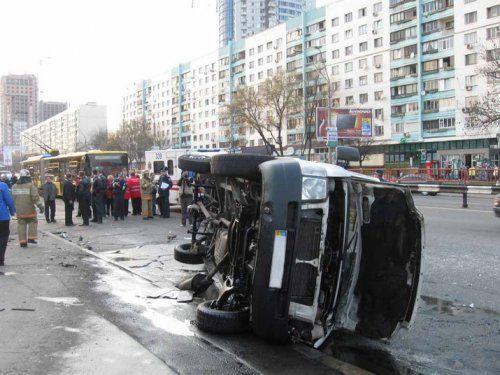 Молодой «гонщик» погиб, водитель маршрутки в шоке  - фото 3