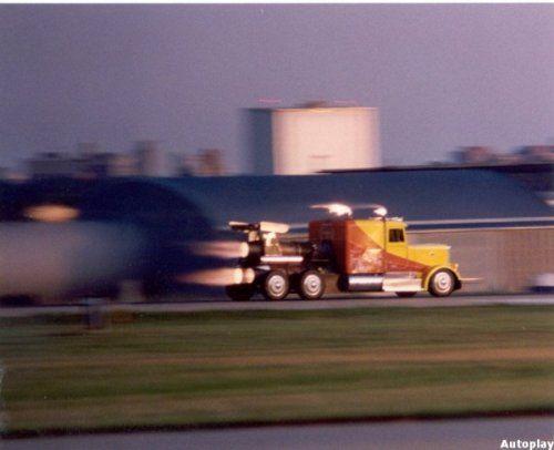 Shockwave Jet Truck- экстремальный грузовик, развивающий 612 км/ч - фото 11