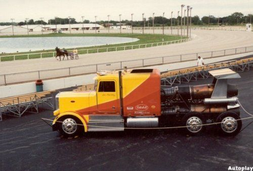 Shockwave Jet Truck- экстремальный грузовик, развивающий 612 км/ч - фото 6