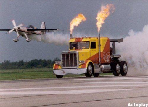 Shockwave Jet Truck- экстремальный грузовик, развивающий 612 км/ч - фото 8