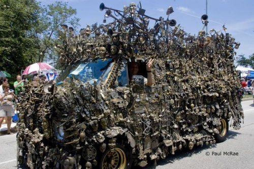 Микроавтобус из латуни оценили в 350000$ - фото 6