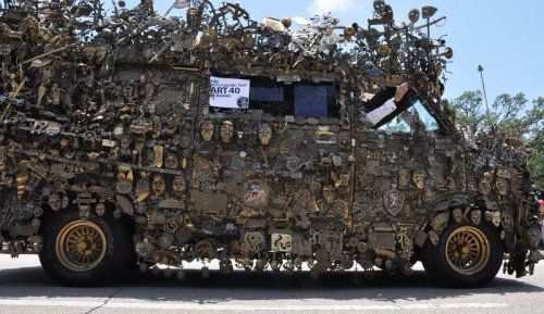 Микроавтобус из латуни оценили в 350000$ - фото 8