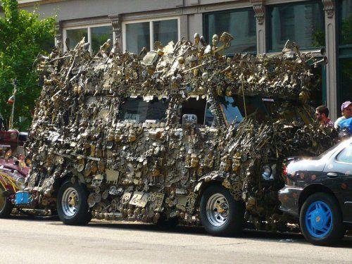 Микроавтобус из латуни оценили в 350000$ - фото 5