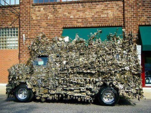 Микроавтобус из латуни оценили в 350000$ - фото 9