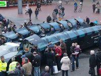 Спорткар-лимузин впервые покатал пассажиров - фото 1
