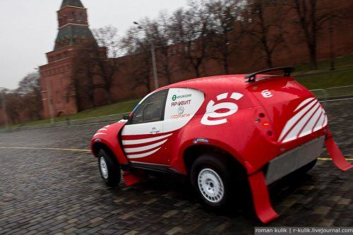 Экспозиция Ё-мобиля в Москве - фото 15