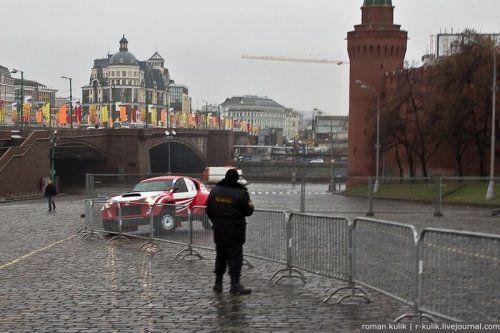 Экспозиция Ё-мобиля в Москве - фото 23