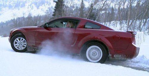 Зима, девушки и автомобили - вещи несовместимы?! - фото 20