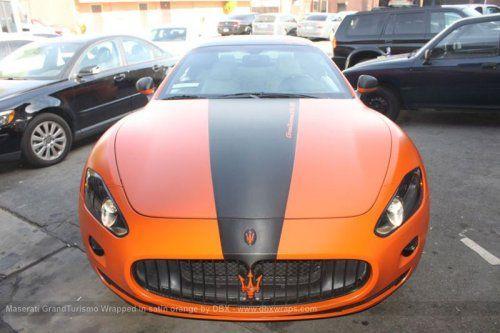 Maserati GranTurismo S затянули в оранжевую пленку в DBX - фото 3