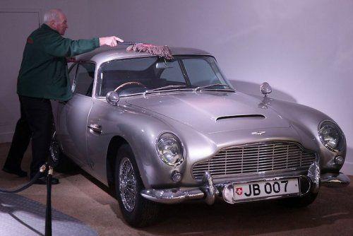 В Великобритании открылся музей автомобилей Джеймса Бонда - фото 1