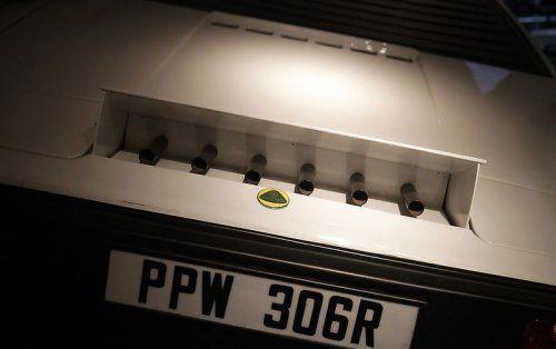 В Великобритании открылся музей автомобилей Джеймса Бонда - фото 22