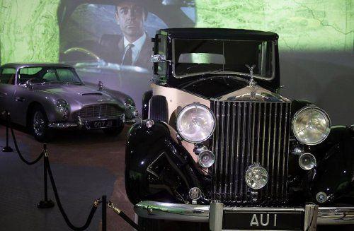В Великобритании открылся музей автомобилей Джеймса Бонда - фото 18
