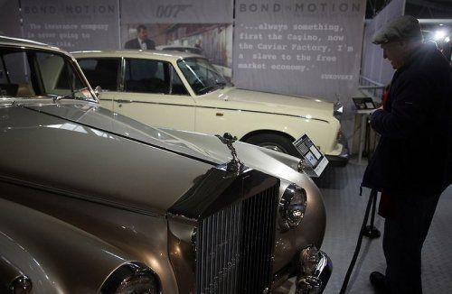 В Великобритании открылся музей автомобилей Джеймса Бонда - фото 26