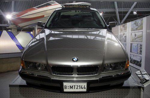 В Великобритании открылся музей автомобилей Джеймса Бонда - фото 2