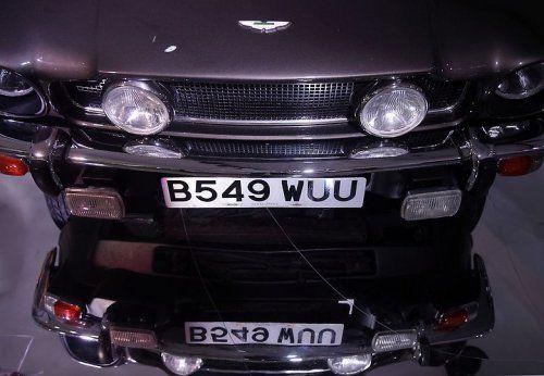 В Великобритании открылся музей автомобилей Джеймса Бонда - фото 32