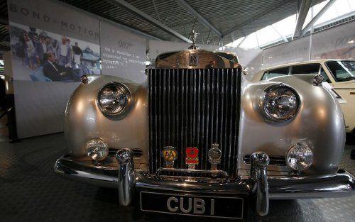 В Великобритании открылся музей автомобилей Джеймса Бонда - фото 19