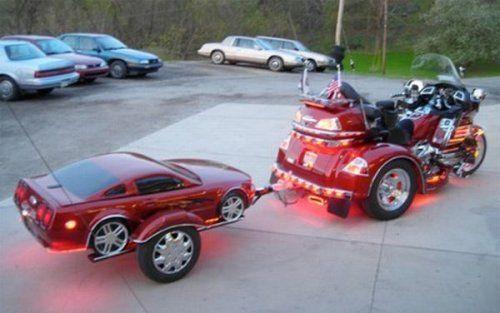 Необычные прицепы в виде автомобилей - фото 14