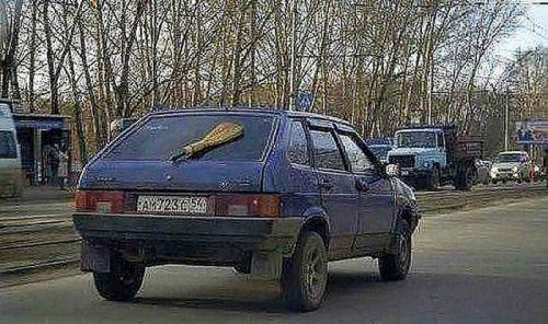 Забавные надписи на автомобилях - фото 18