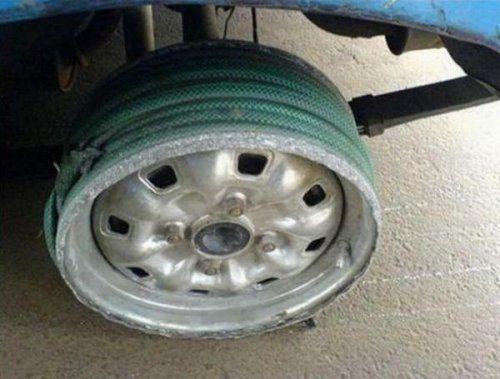 Подборка неудачников и смешных ситуаций на дороге - фото 22