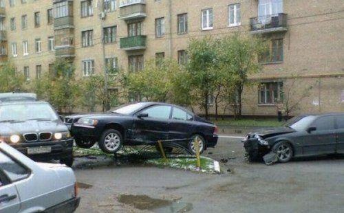 Подборка неудачников и смешных ситуаций на дороге - фото 17