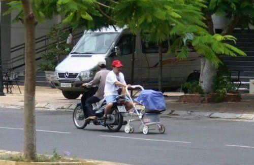 Подборка неудачников и смешных ситуаций на дороге - фото 42
