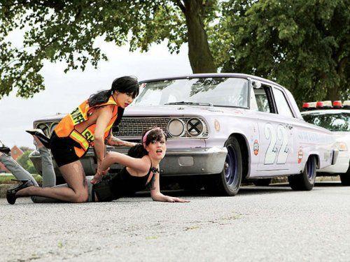 Немецкая авто-эротика с американской классикой - фото 22