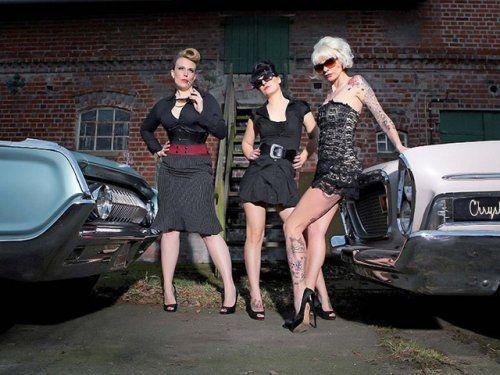 Немецкая авто-эротика с американской классикой - фото 27