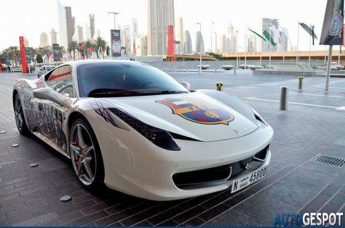 Ferrari 458 Italia настоящего фаната футбольной Барселоны - фото 9