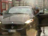 Во время тест-драйва журналист вырвал с мясом двери Maserati - фото 1
