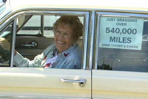 Бабуля проехала на машине почти миллион километров! - фото 1