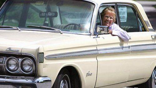 Бабуля проехала на машине почти миллион километров! - фото 2