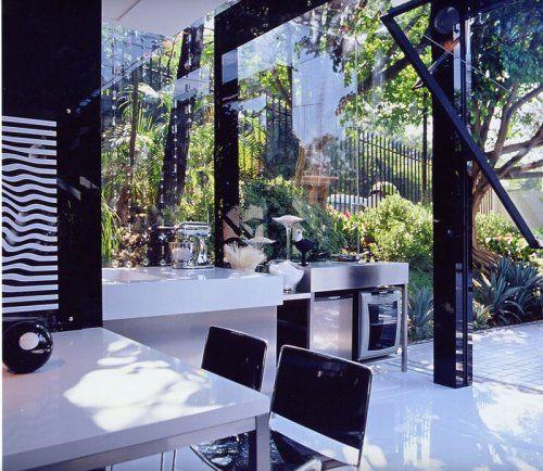 Современный гараж из стекла от Brunete Fraccaroli - фото 2