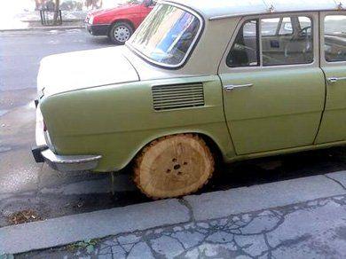 Skoda Capri 205 с ... деревянными колёсами - фото 2