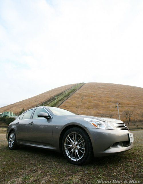 Фотографии нового седеана Nissan Skyline 350 GT - фото 1